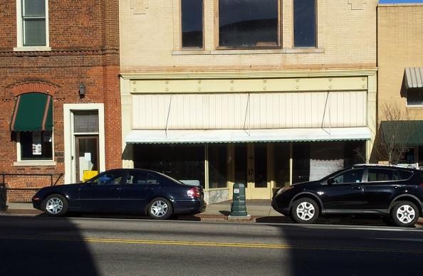 E Innes Closed Shop