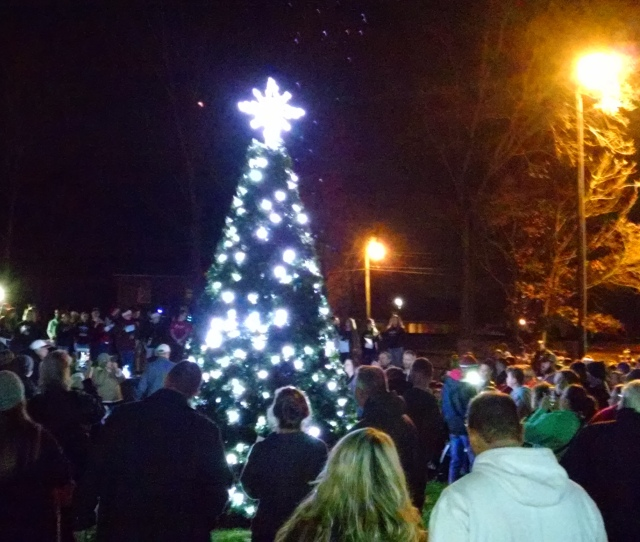 The Crowd Continued To Swell Through The Christmas Festivities In China Grove